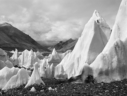 Rongbuk_Glacier_pinnacles