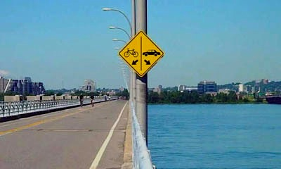 bike-car-lane-sign